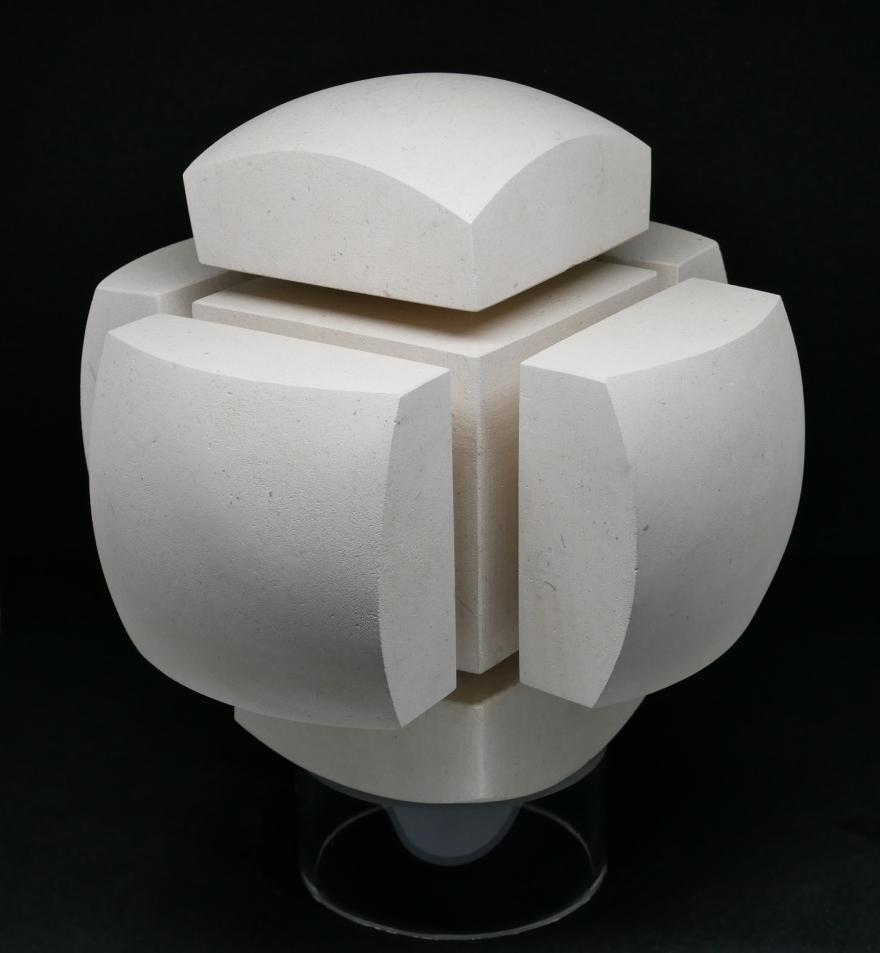 sculpture boule carré 1